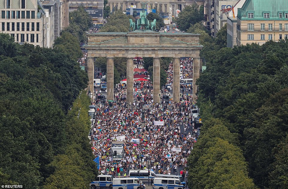 17000 protesters